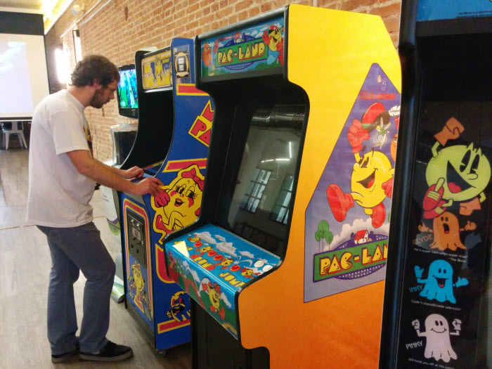 Pac Man Telefónica Flagship